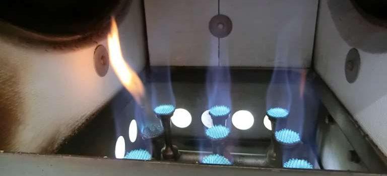 コーヒー豆焙煎機バーナー部分の掃除